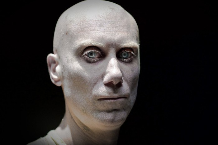 caliban-stephen-merchant-700x465