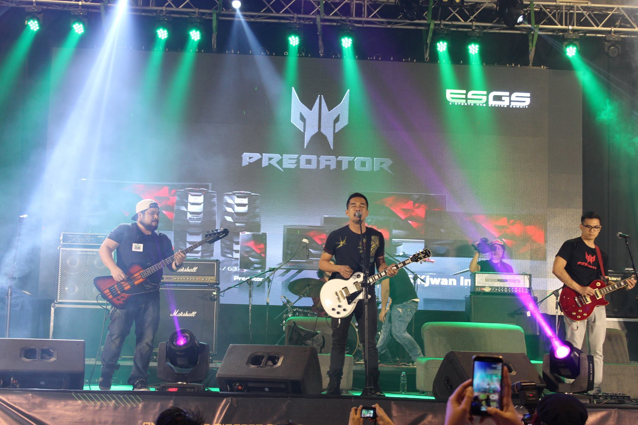 What is a Predator sighting without rocking music from the one and only Marc Abaya and Kjwan!