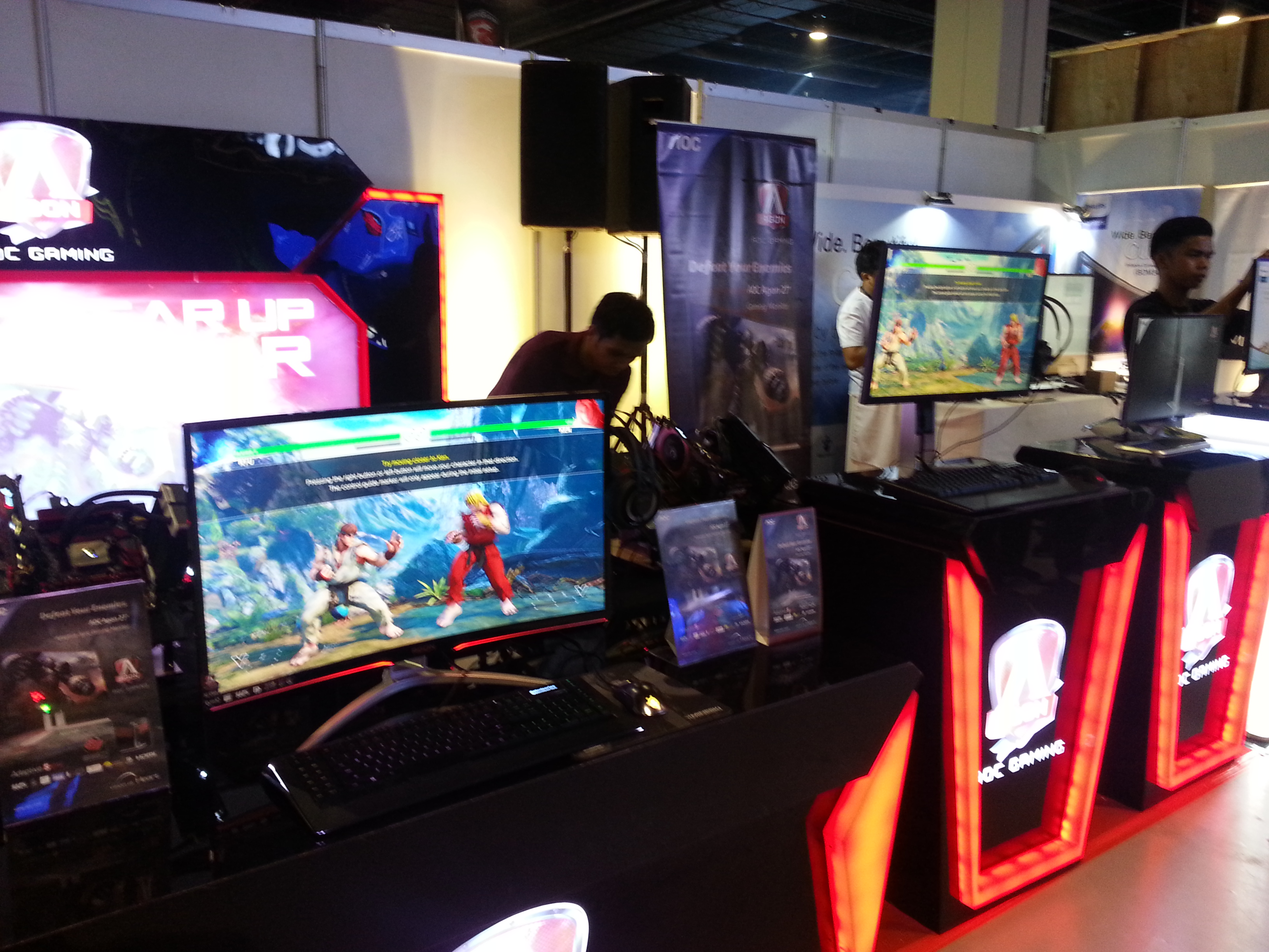 """32"""" of pure gaming goodness, we want one!"""