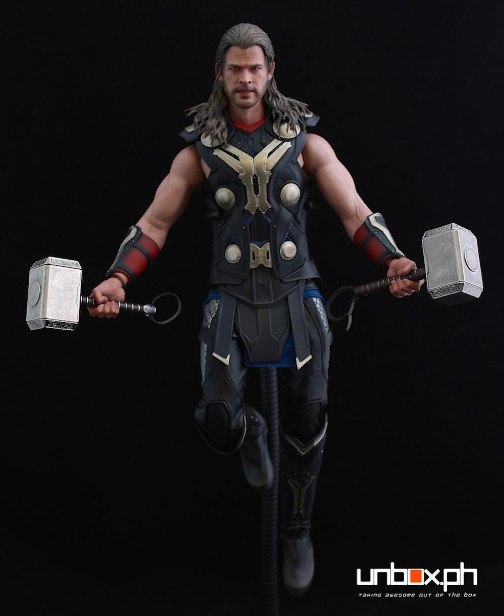 Dual hammer wielding Thor. Saan ka pa?!