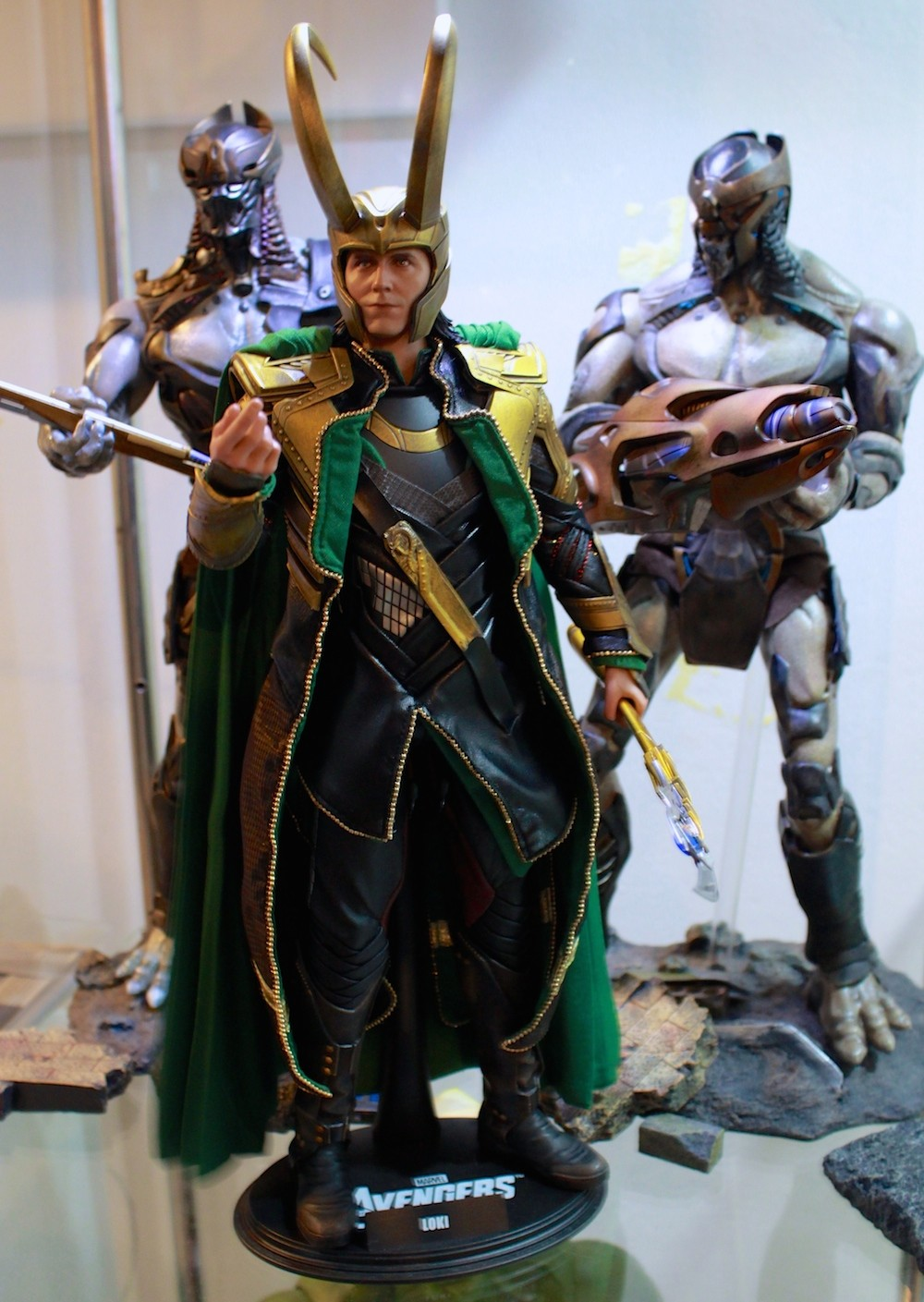 With Loki! Note the two stands. They're mini dioramas! Woohooo.