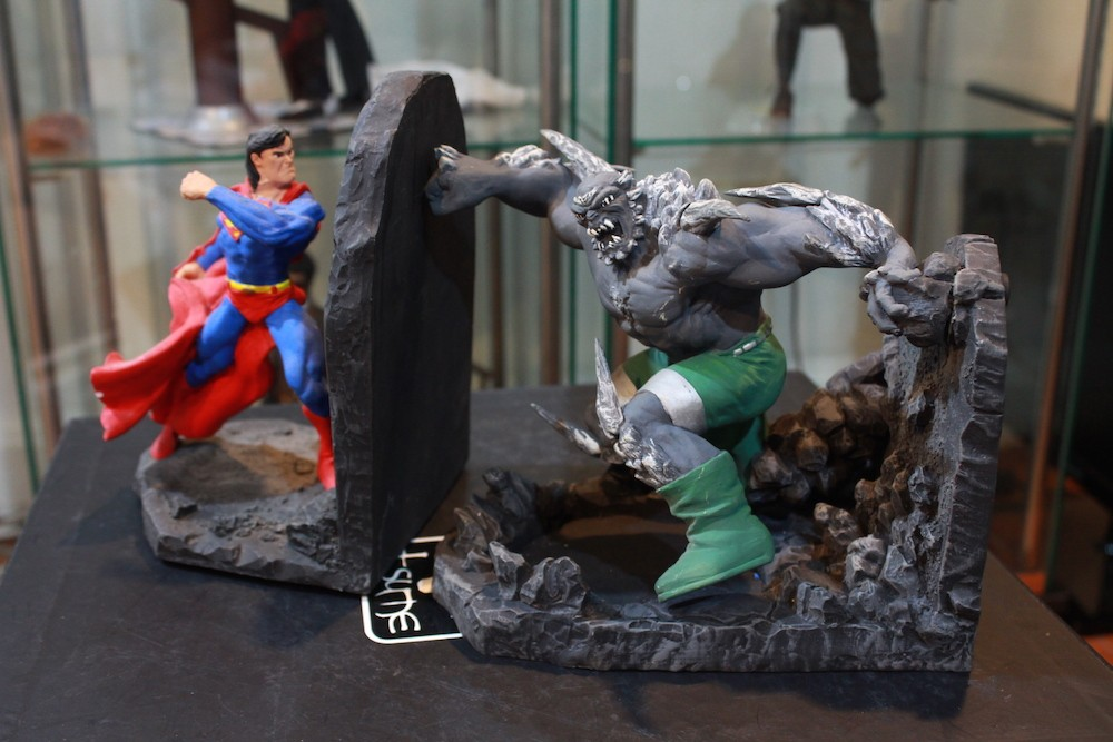 Superman vs Doomsday!