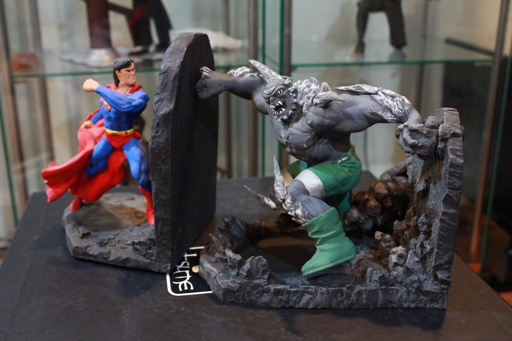 Superman vs Doomsday!