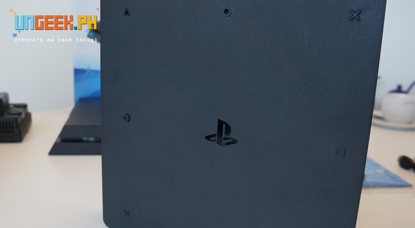 ps4-slim-backside