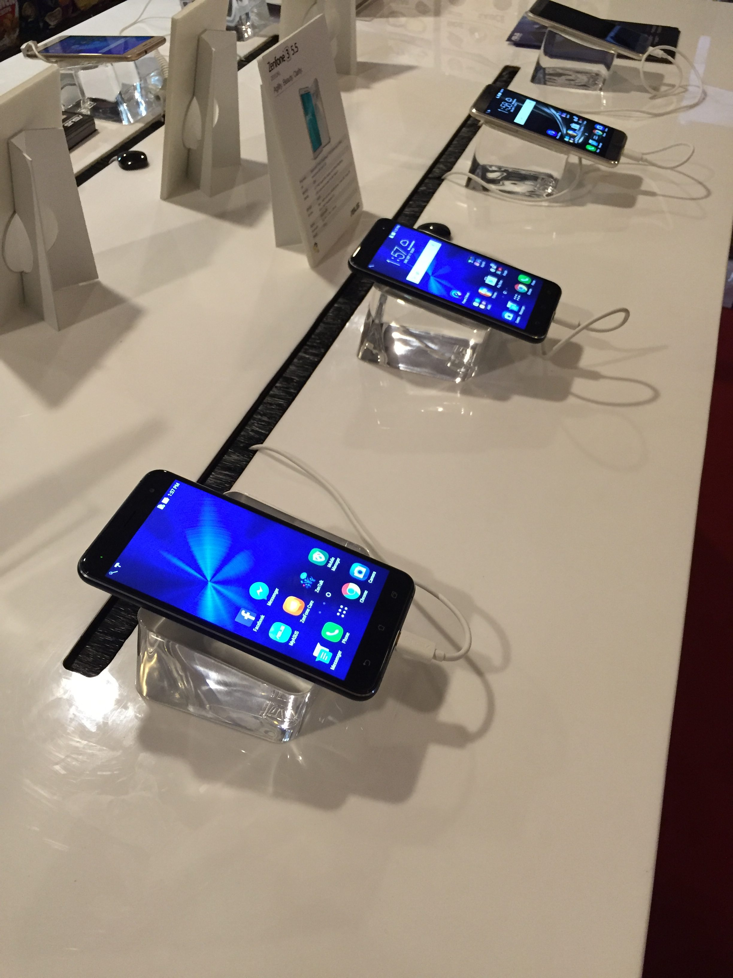 Asus mobile phones on full display!