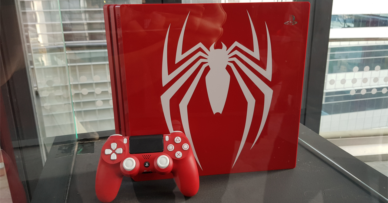 In the Flesh: Marvel's Spider-Man Limited Edition PS4 Pro | Ungeek